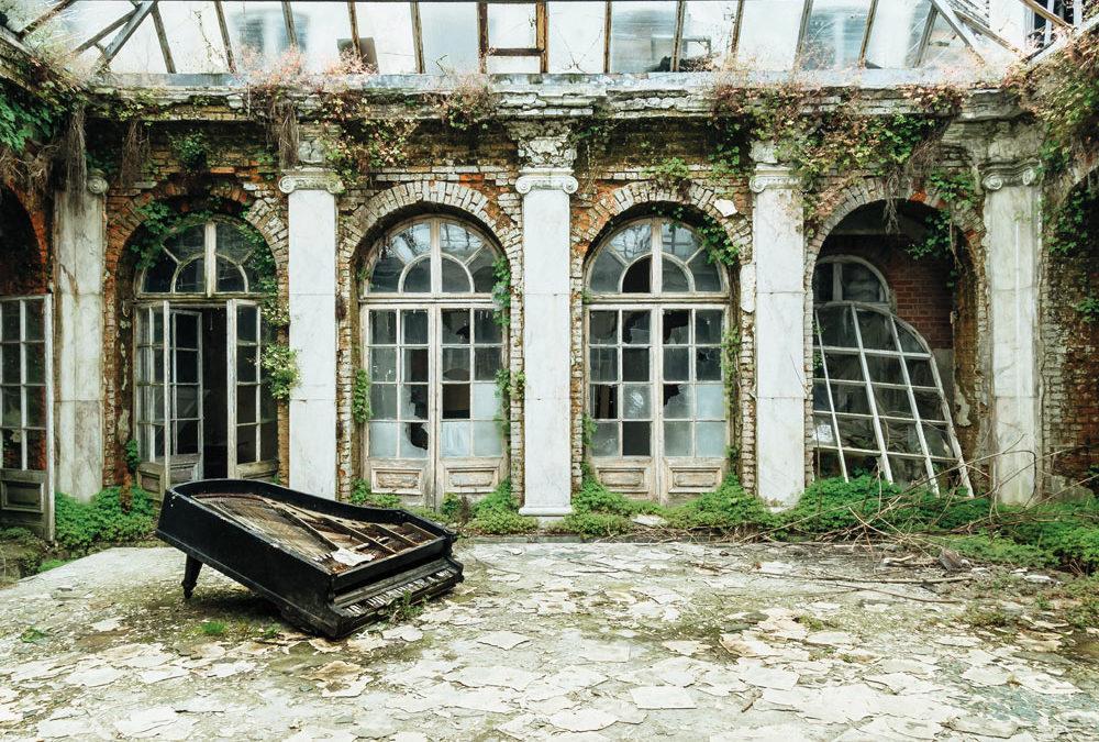Exposition Requiem pour pianos – Romain Thiery